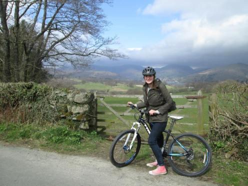 Op de fiets.. :)