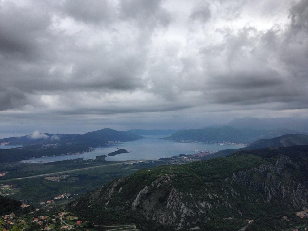 Een baai vlakbij de baai van Kotor :)
